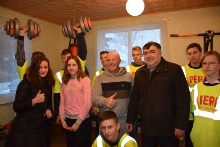 Mikyčių gyvenvietėje atidarytas sporto klubas