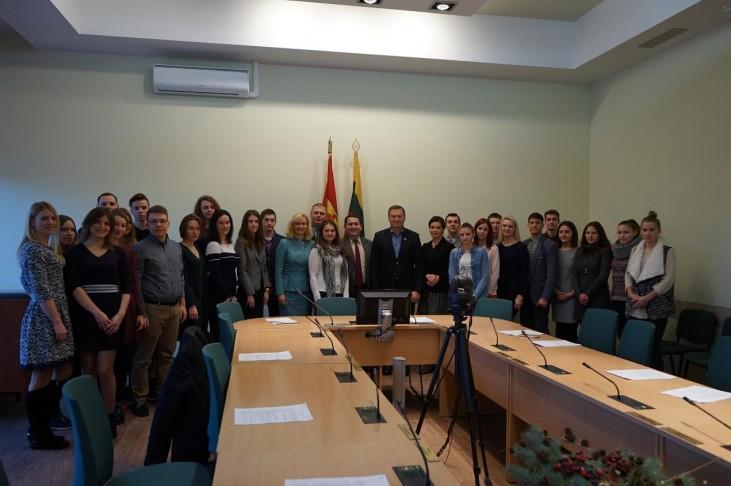 Ekstremalių situacijų komisijos posėdyje svarstytas klausimas dėl nepertraukiamo gamtinių dujų tiekimo Druskininkų savivaldybės vartotojams 7