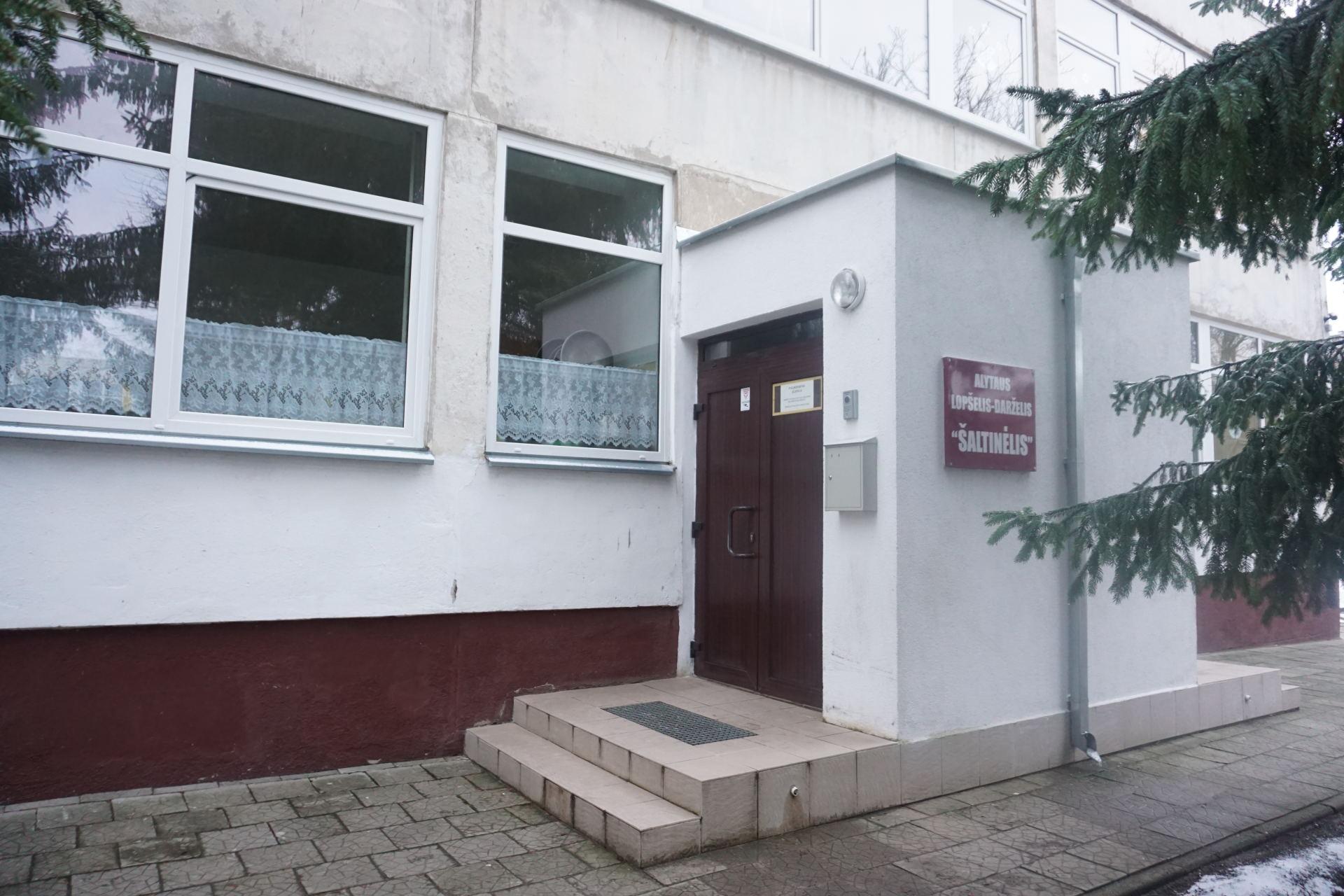 Iš buvusios lopšelio-darželio direktorės savivaldybė sieks išsiieškoti per 40 tūkst. Eur  žalos atlyginimo