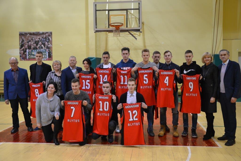 Vardinė krepšinio apranga Alytaus Jotvingių gimnazijos IIIg klasės komandai