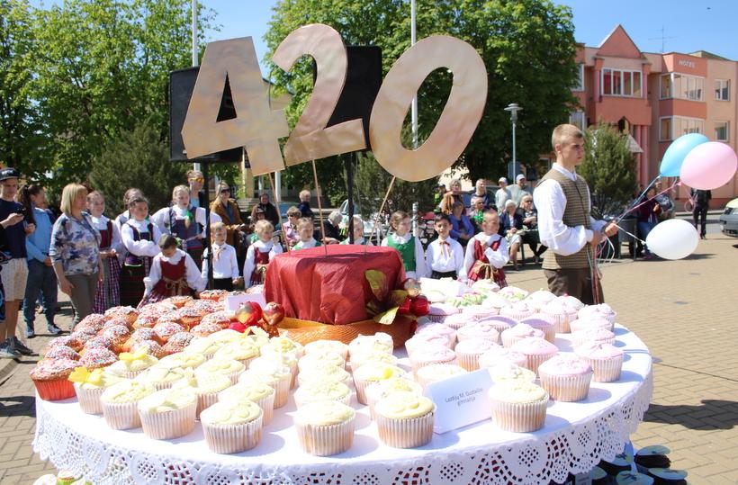 Druskininkai kviečia į Narcizų žydėjimo šventę: 220 tūkstančių narcizų jau skleidžia žiedus 4