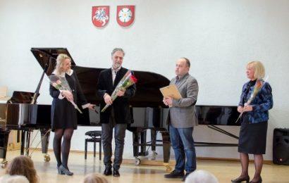 """Pianistas Petras Geniušas: """"Visada norėjau, bet dabar dar labiau norėsiu sugrįžti į Alytų"""""""