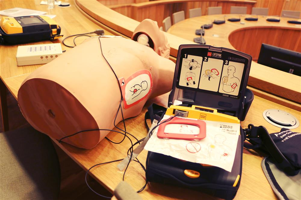 Keturiose Alytaus įstaigose įrengti defibriliatoriai