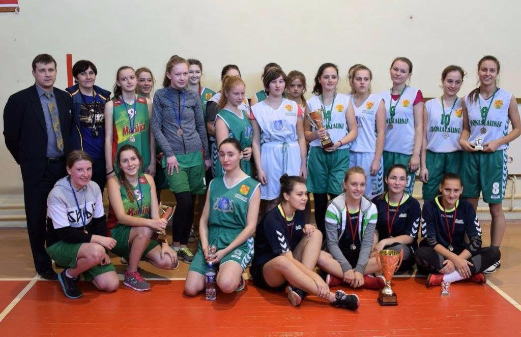 Alytaus rajono gimnazistai jėgas pasitikrino krepšinio turnyre