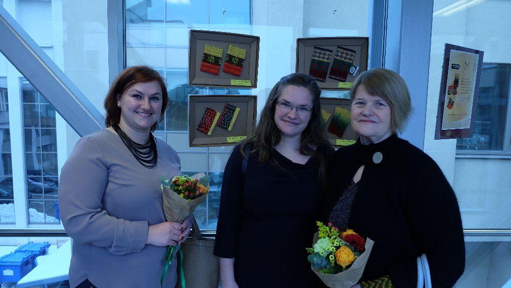 Riešinių parodoje Seime ir Varėnos rajono auksarankių darbai