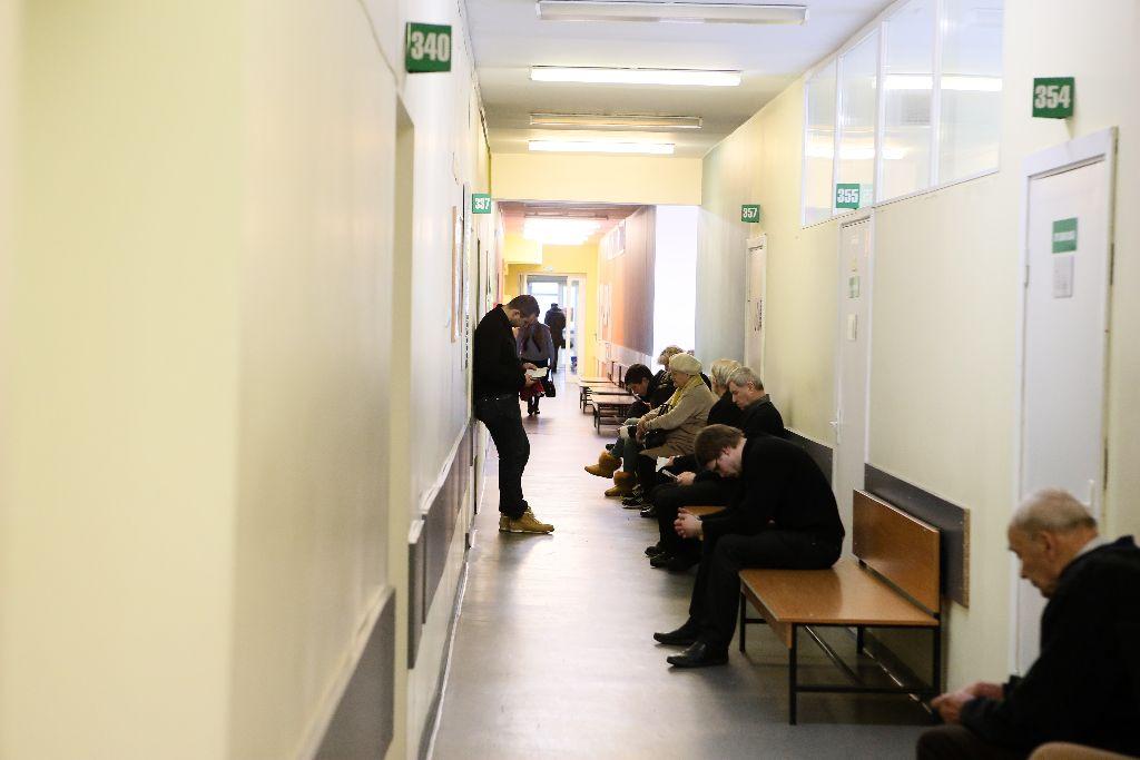 Ligonių kasos: kaip elgtis, jei gydymo įstaigoje didelė eilė?