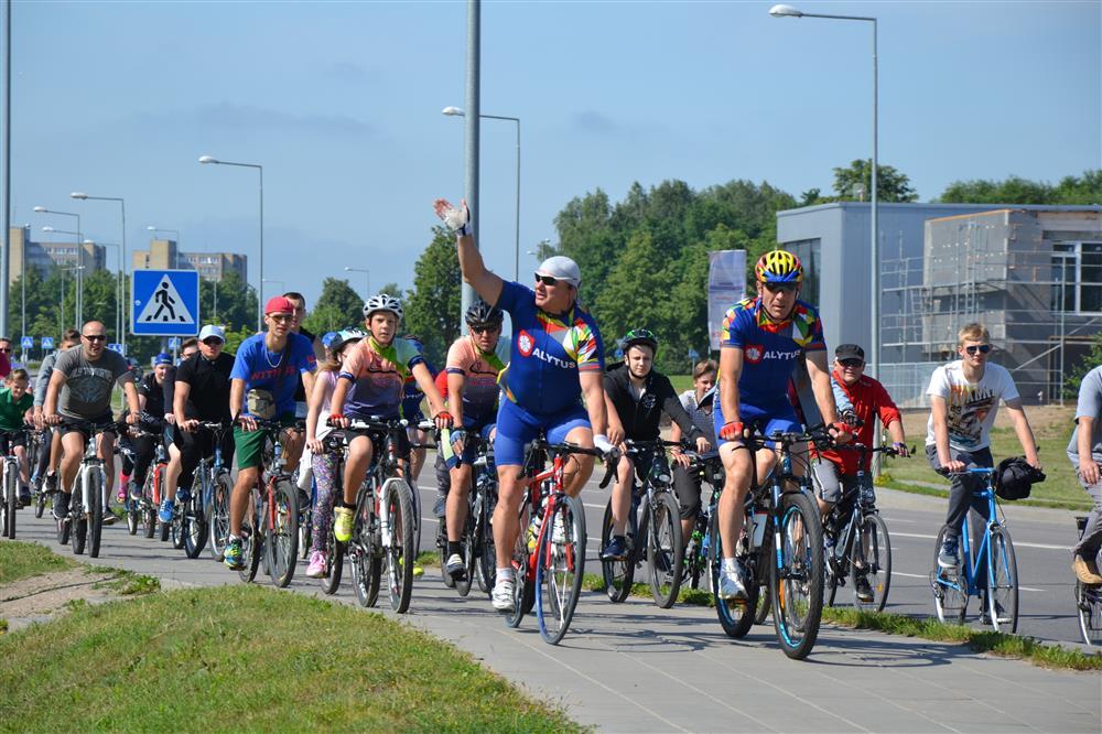 Alytaus gimtadieniui paminėti – tradicinis žygis miesto dviračių takais 1