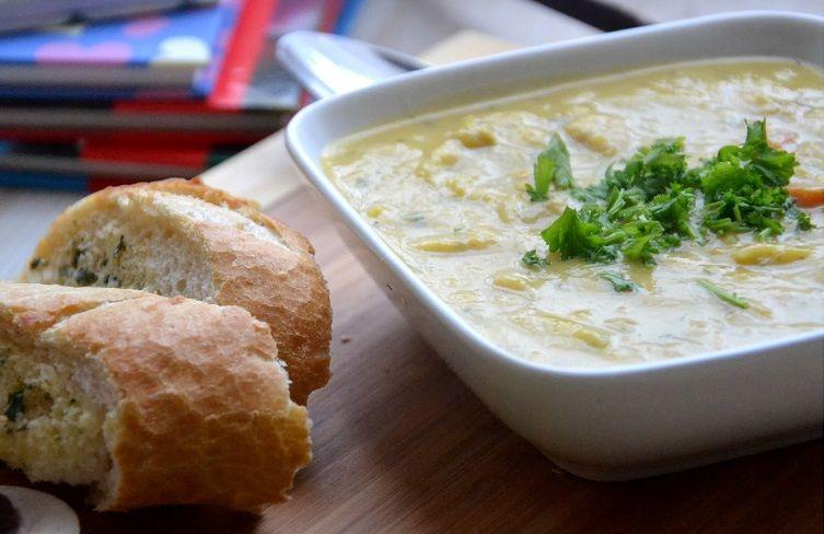 Jo didenybė moliūgas: 5 trintų sriubų receptai