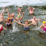 Kovo 11-ąją Alytaus sveikuoliai paminėjo maudynėmis Dailidės ežerėlyje 3