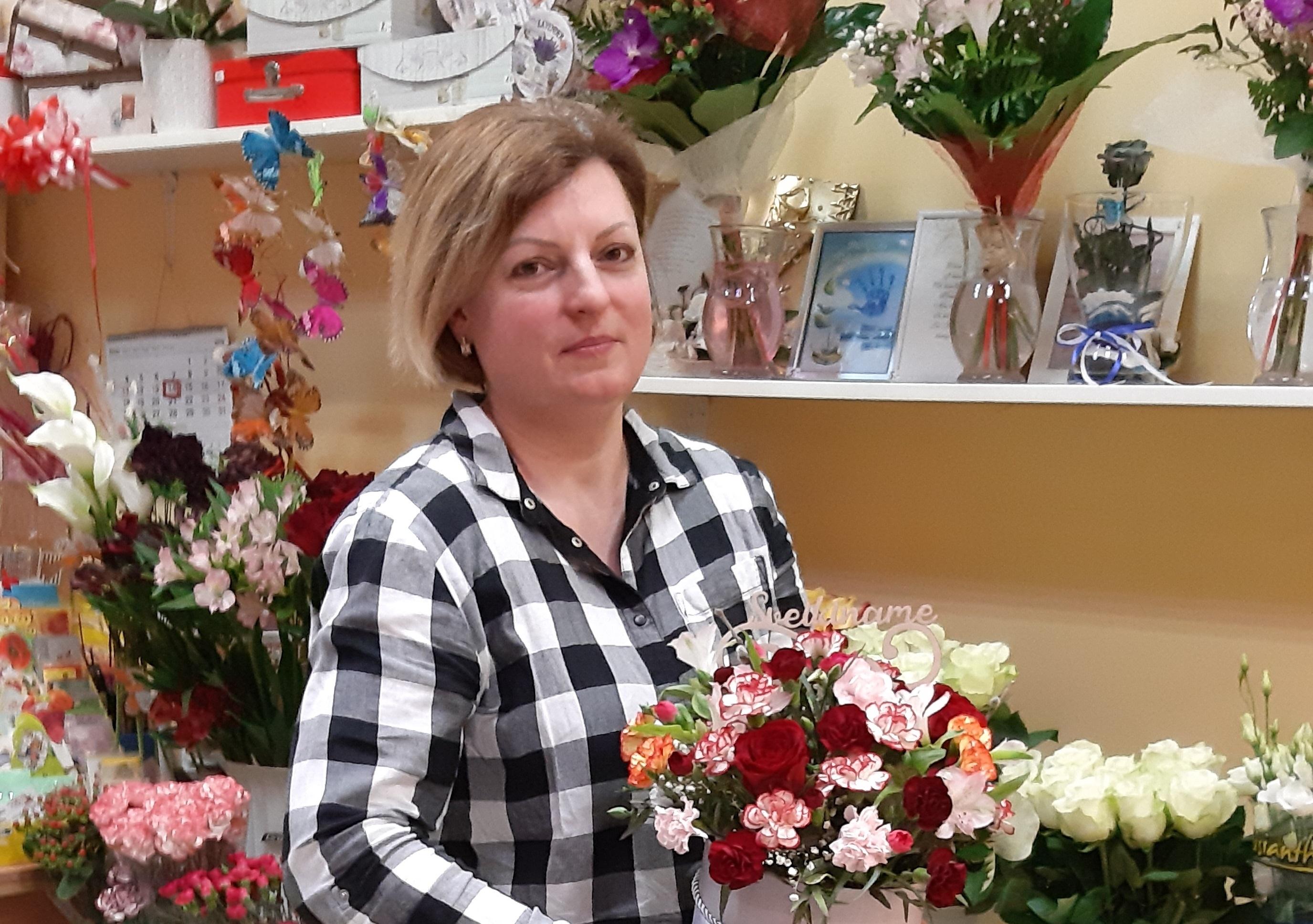 Nedidelę gėlių krautuvėlę alytiškė pavertė stabiliu verslu