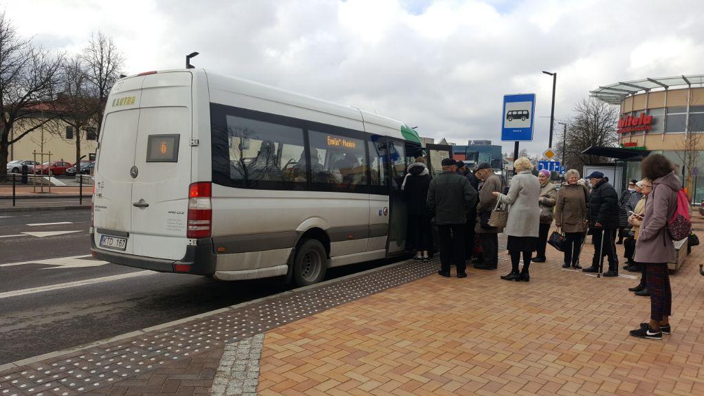 """Pokyčiai Alytaus viešajame transporte: elektroniniai bilietai ir galimybė važiuoti """"į skolą"""""""