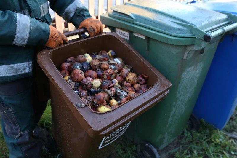 Kokia man nauda, jei rūšiuosiu maisto atliekas?