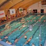 Varėnos baseiną drebino įspūdingos šeimų plaukimo varžybos 7