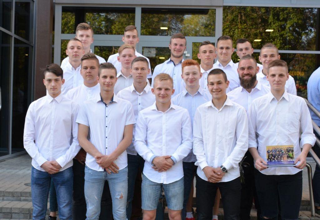 Pagerbti sėkmingiausi jaunieji Varėnos sportininkai