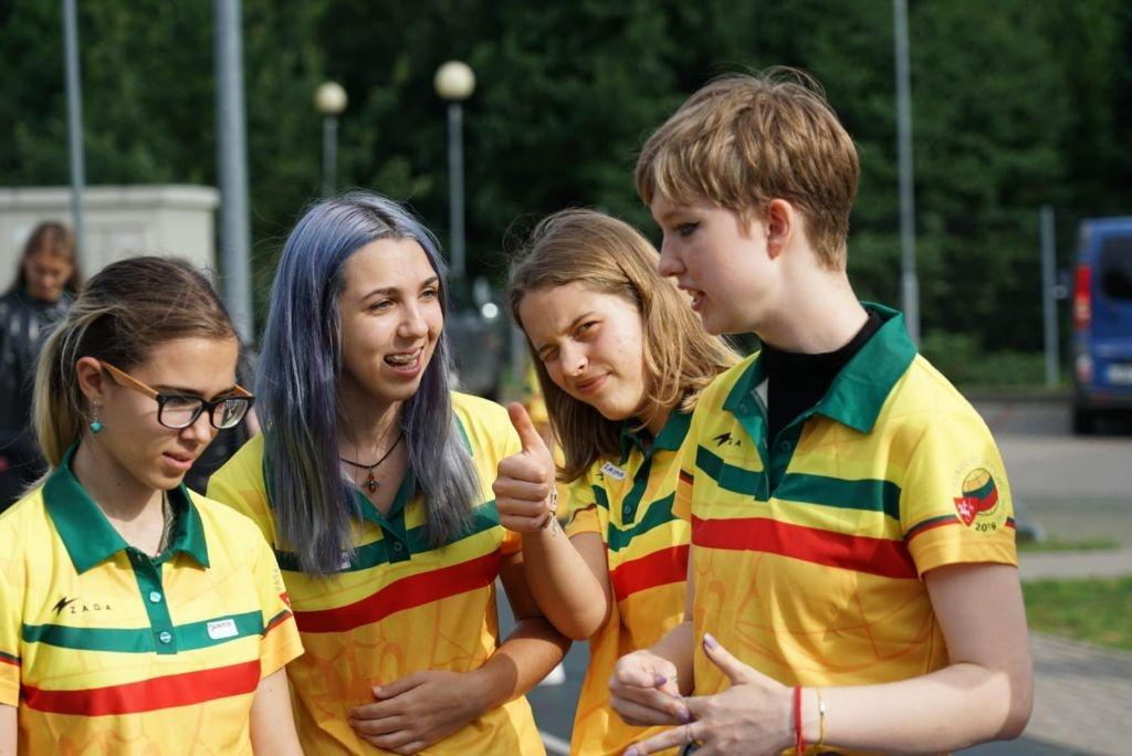 Pasaulio lietuvių vaikai stovyklauja Dauguose: susirinko iš 12-kos šalių 3