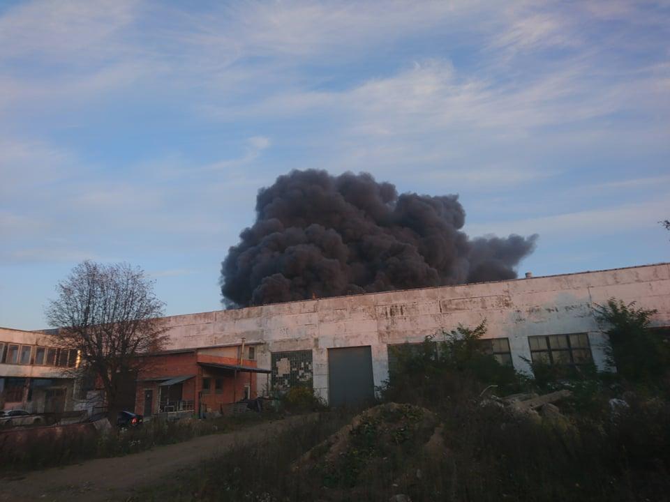 Dėl gaisro Alytuje paskelbta ekstremali padėtis