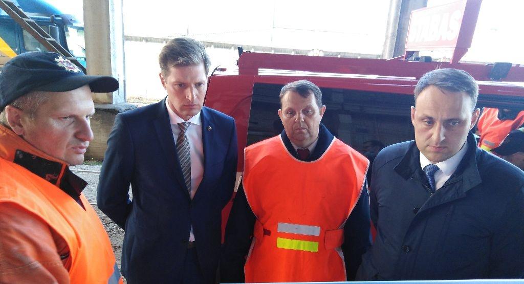 Aplinkos ministras dėl gaisro kreipėsi į prokuratūrą – žala gamtai siekia milijonus