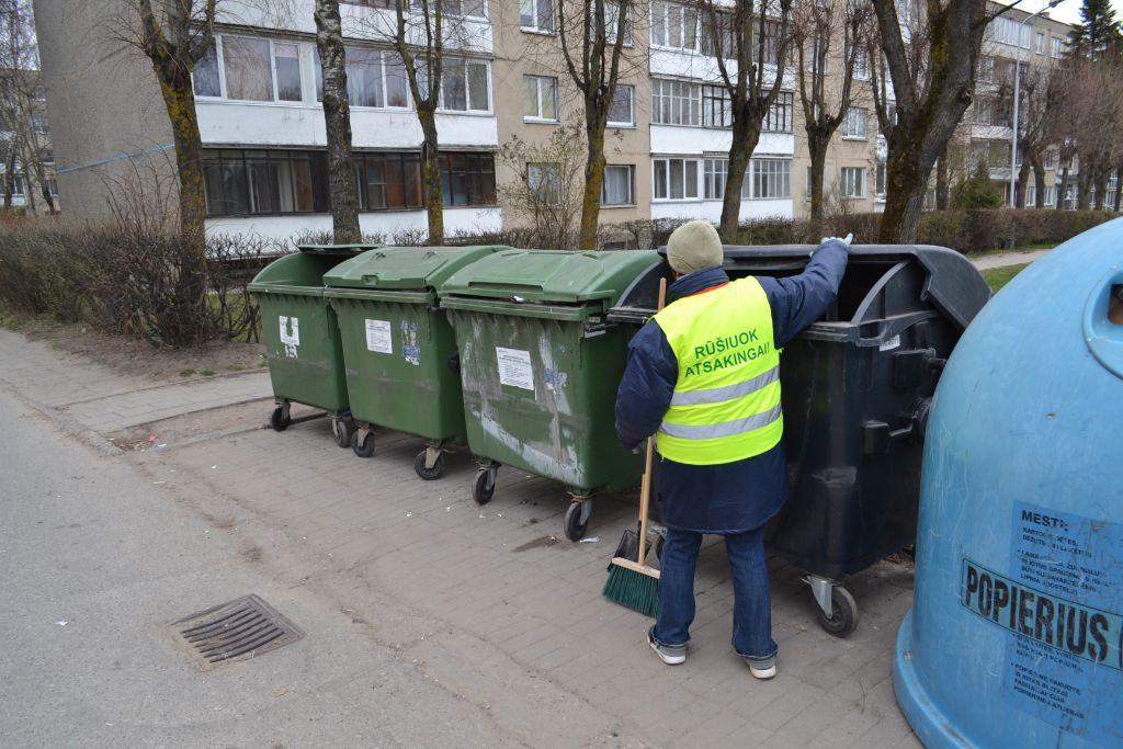 Aikštelių prižiūrėtojai – ne svetimų atliekų tvarkytojai, o patarėjai 1