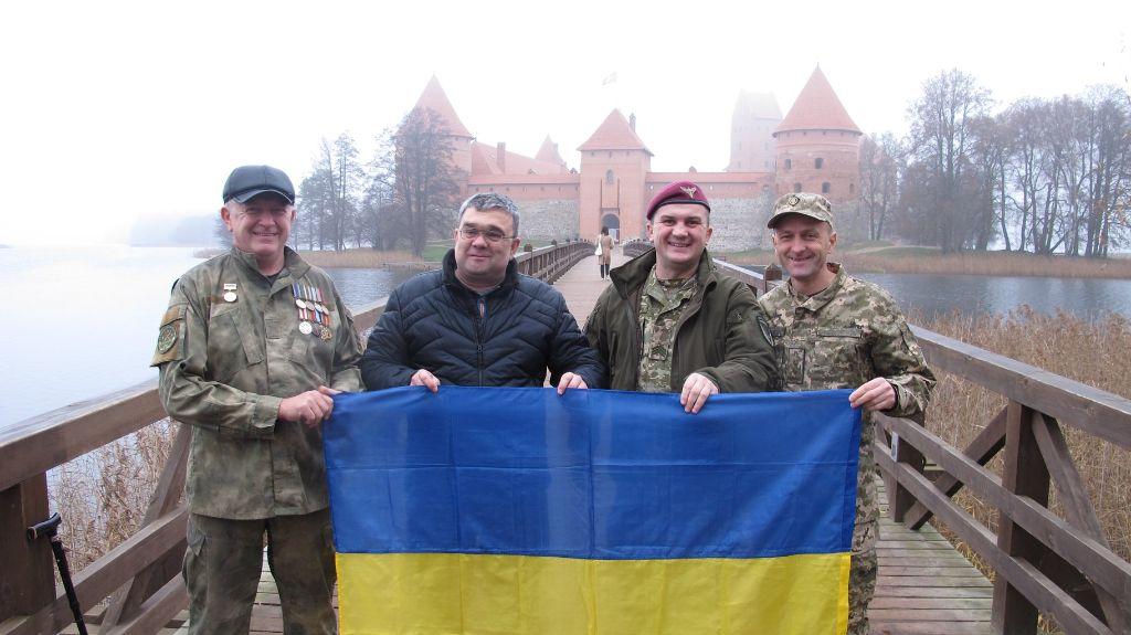"""Jėgas Dzūkijoje atgaunančių sužeistų Ukrainos karių palinkėjimas lietuviams: """"Taikaus jums dangaus"""" 2"""