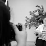 Fotografijos studentai pradžiugino globos namų senjorus 4