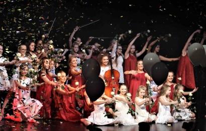 Alytaus metų apdovanojimų renginyje  – talentingų alytiškių pasirodymai