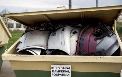 Keičiasi automobilių plastiko priėmimo į rūšiavimo centrus tvarka