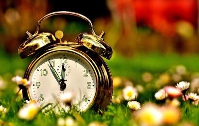 Sekmadienį bus įvestas vasaros laikas – greičiausiai paskutinį kartą