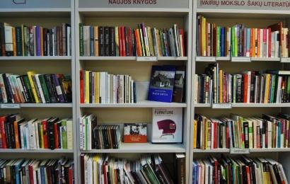 J. Kunčino viešoji biblioteka atveria duris, teiks ne visas paslaugas