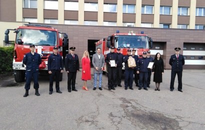 Alytaus ugniagesiams perduotos premijos ir linkėjimai iš tolimojo Ročesterio