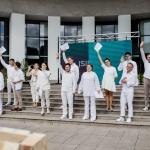 Naujasis Alytaus miesto teatro sezonas prasidėjo solidarumo akcija 4