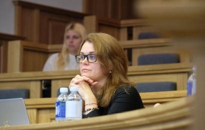 N. Rinkevičiūtė: traukiuosi įvertinusi politinę situaciją ir saugodama savo šeimą