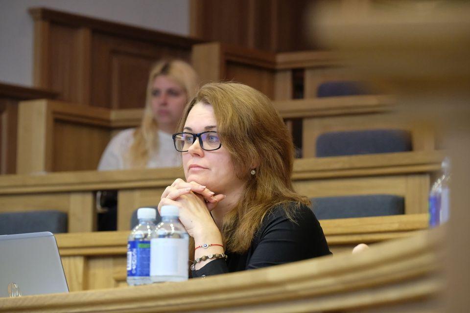 N. Rinkevičiūtė: traukiuosi įvertinusi politinę situaciją ir saugodama savo šeimą 1
