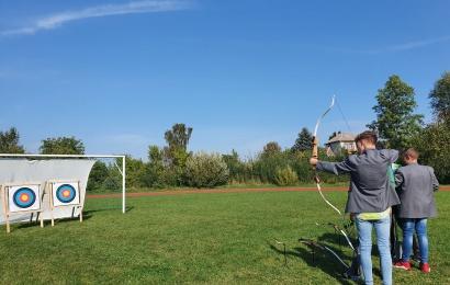 Alternatyva aktyviam sportui Alytaus regiono mokyklose – šaudymai iš lankų