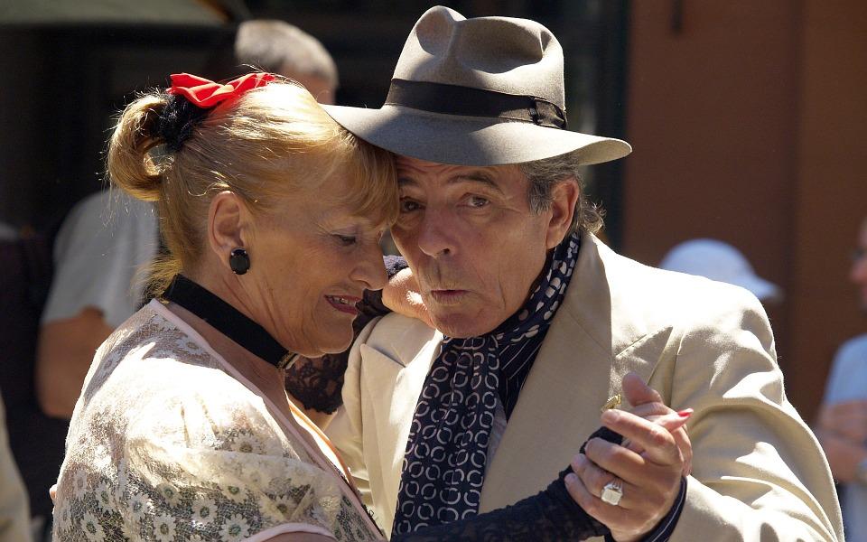 Tarptautinė pagyvenusių žmonių diena – su mero arbatėle, koncertu, spektakliu ir naktišokiais 1