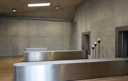Atsisveikinimai su koronaviruso paženklintais velioniais: neįleidžia ir į kremavimą