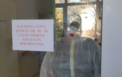 Alytaus ligoninėje plečiami COVID skyriai: daugybė paslaugų bus nutrauktos