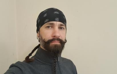 Neįprasta alytiškio barzda prikausto dėmesį: suaugusiems – rokeris, vaikams – piratas