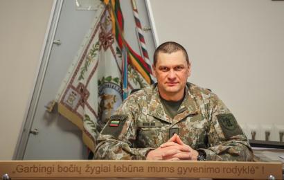 """Alytaus ulonų vadas plk. ltn. D. Kisielius: """"Per artimiausius kelis metus bataliono veidas labai pasikeis"""""""