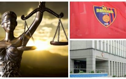 """Futbolo akademija """"Dainava"""" teisme reikalauja sutarties su savivaldybe ir finansavimo"""