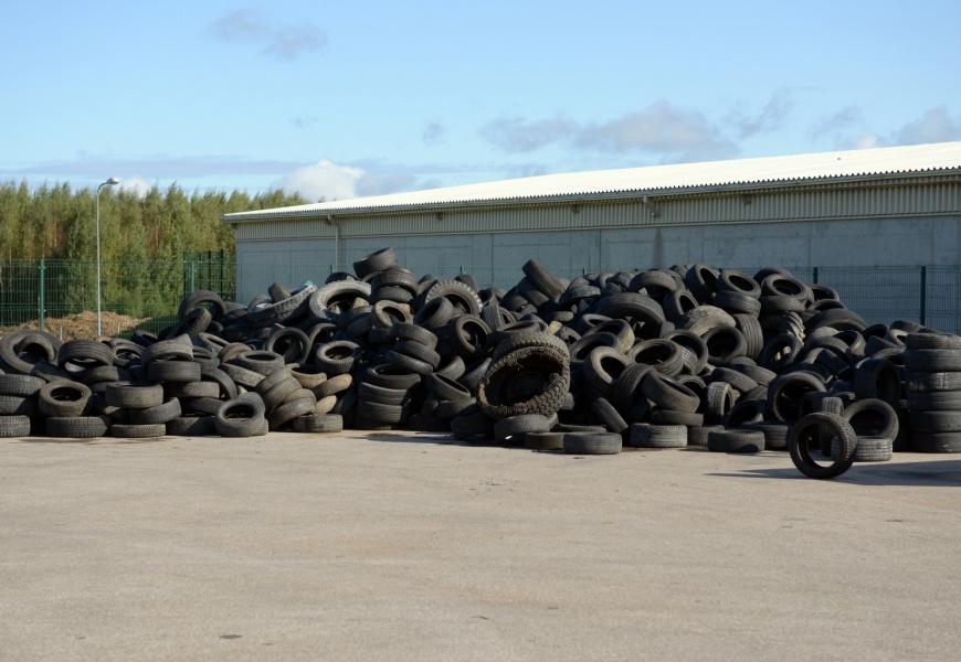 Jūs klausiate – ARATC atsako: ar rūšiavimo centruose surenkamos naudotos padangos?