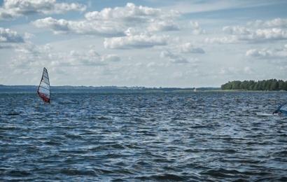 Atlikti laboratoriniai tyrimai patvirtino: Lazdijų rajono ežeruose maudytis saugu