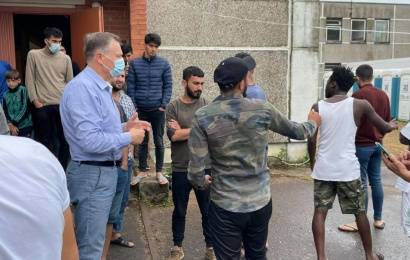 Migrantai sukilo Verebiejuose: reikalauja laisvės, atsisako maisto, išvarė valytoją