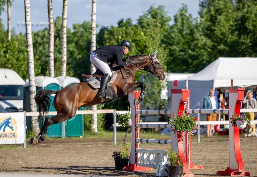 Žirgininkai kviečia į Druskininkus: aerodrome – pirmosios žirgų konkūro varžybos