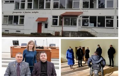 Daugiafunkcis centras neįgaliesiems durų neatvėrė: žiežirbą įplieskė patalpos