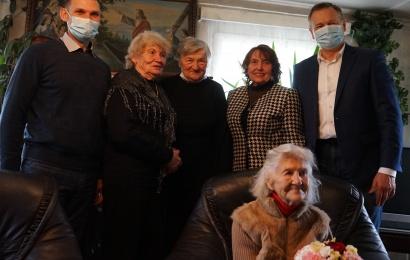 Žaunieriškių kaimo tetai –100 metų!